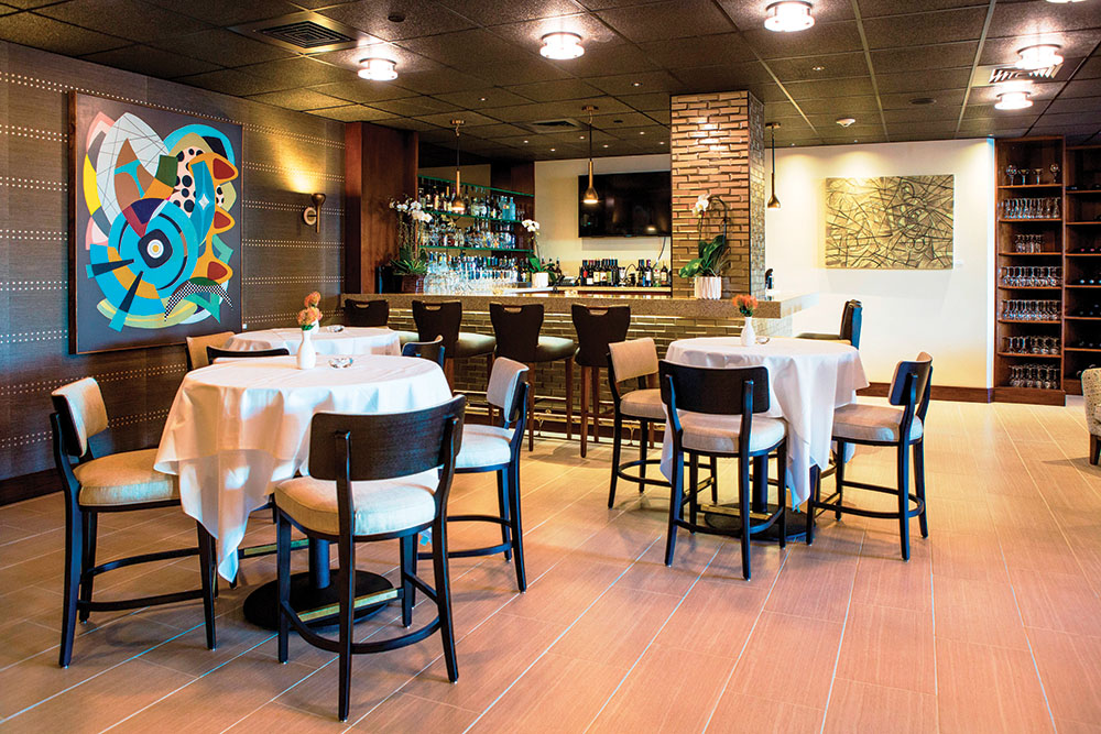 Newly Renovated Restaurant 44 Revamps Classic Comforts