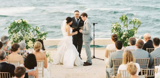 Five Tips to Help Write Your Wedding Vows | Weddings Illustrated
