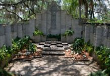 Florida Wedding Venue: Maitland Art Center | Weddings Illustrated